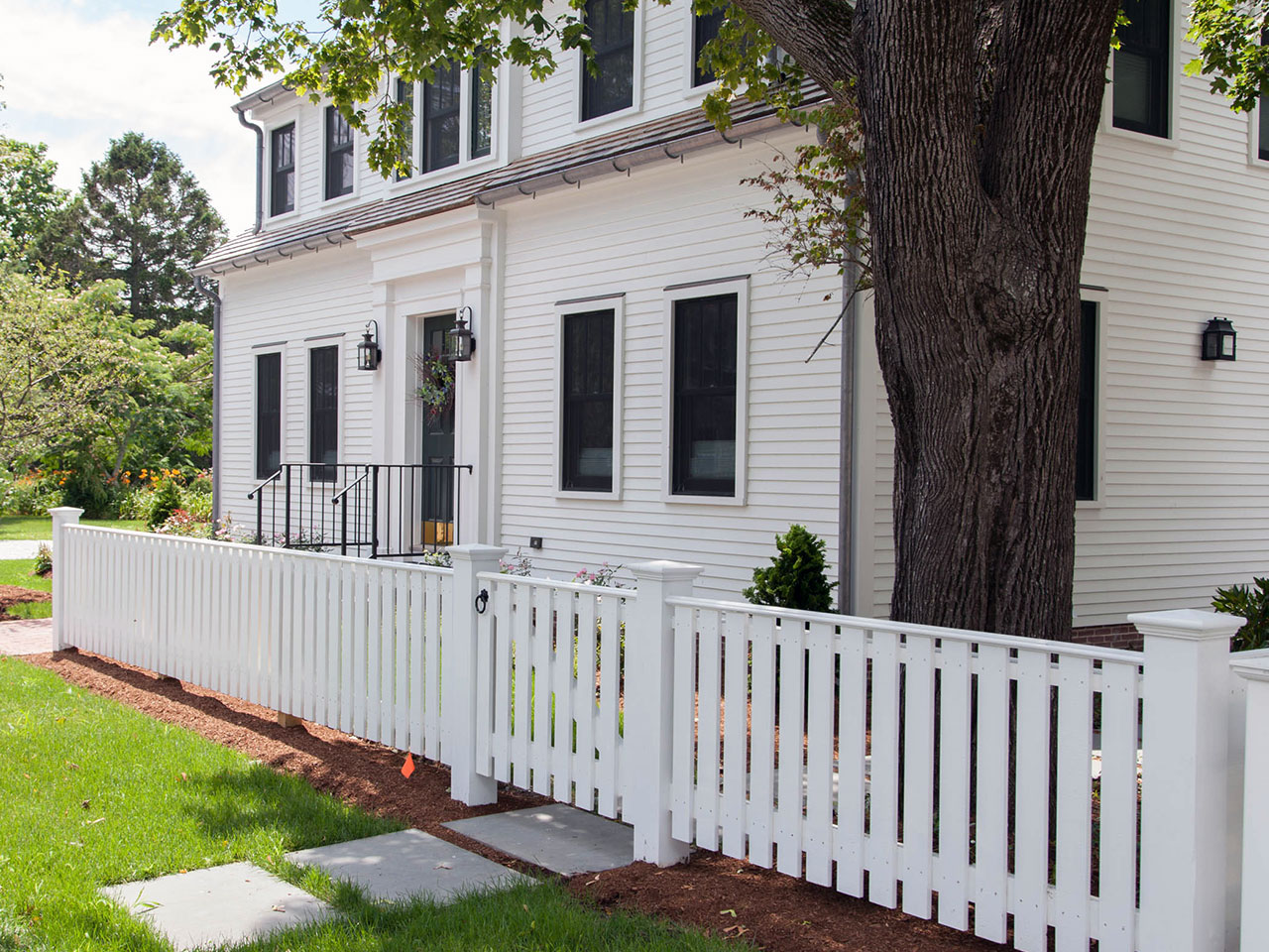 Vinyl spaced picket fence
